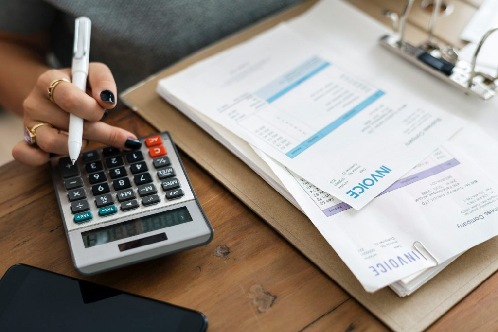 5 Simple ways To Organize Your Small Business Finances
